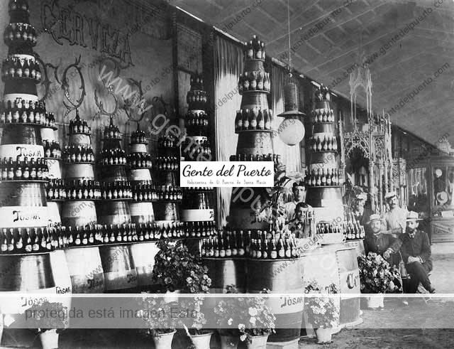 Despacho y Exposición de productos de la firma Cervezas Tosar.