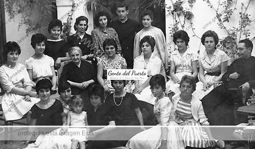 gonzalezmonano_familia_puertosantamaria