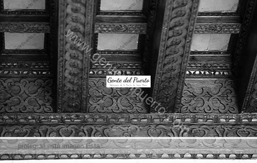 artesonado-techo-del-techo-del-dormitorio-de-Bernardino-Valdivieso