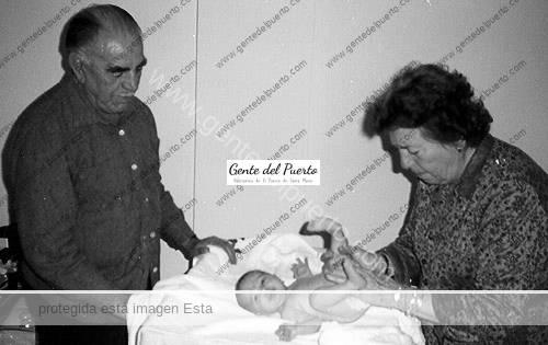 dionisiaperles_nieta_1989_puertosantamaria