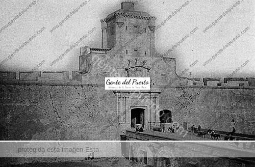 foso_puertatierra_cadiz