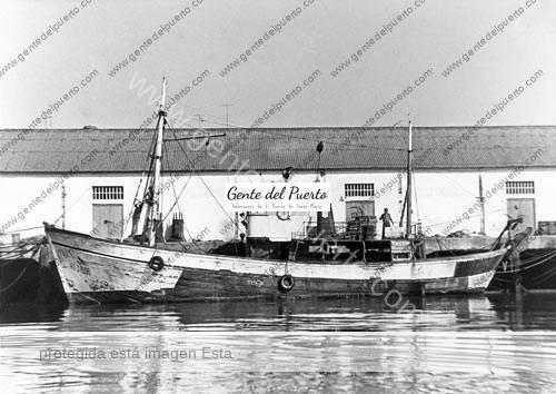 pesqueroangelinalloret_puertosantamaria