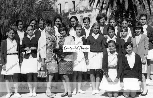 alumnas_poullet_1968_2_puertosantamaria