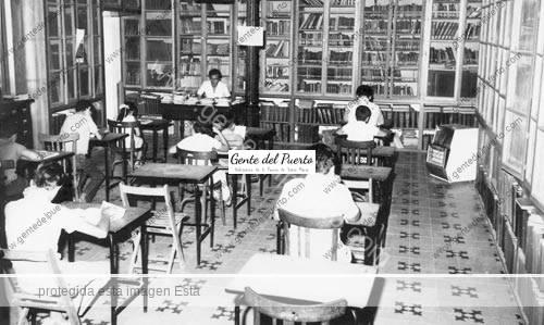 bibliotecapublica_1971_puertosantamaria