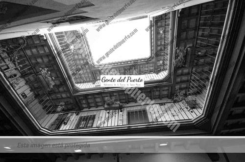 casadelosleones_int_puertosantamaria