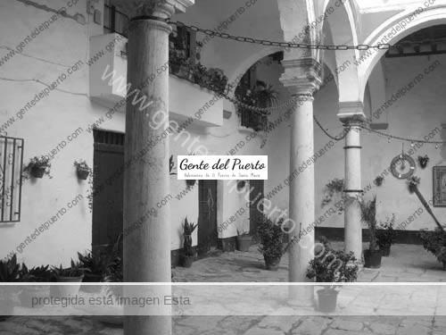 vizarron_patio-puertosantamaria