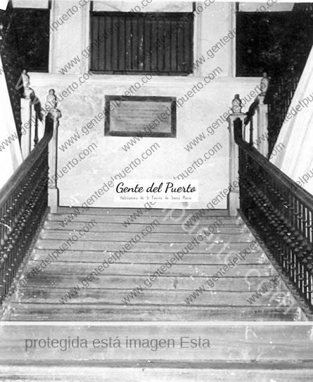 escalera_ant_purullena-puertosantamaria