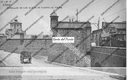 glacis_puertatierra_cadiz
