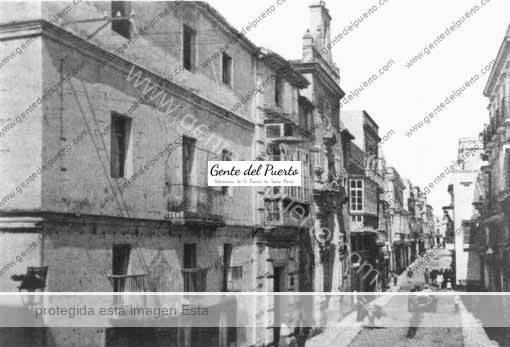 Cánovas-del-Castillo-(Edif.-Izq.-actualmente-Convento-de-Las-Esclavas)(sepia)