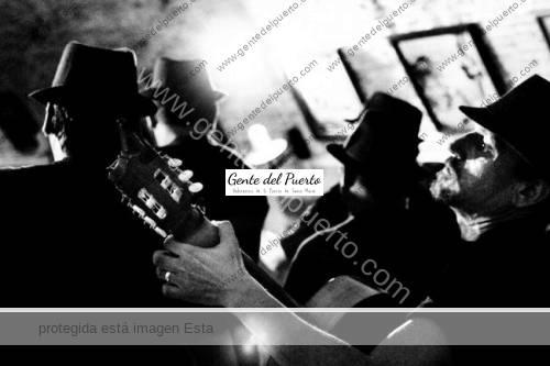650_1000_6-cadiz-antologías-de-carnaval-www.adrianmorillo.com_-1024x682
