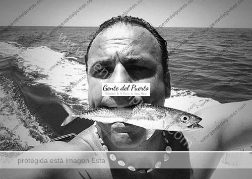 angel_leon_pez_en_boca_puertosantamaria