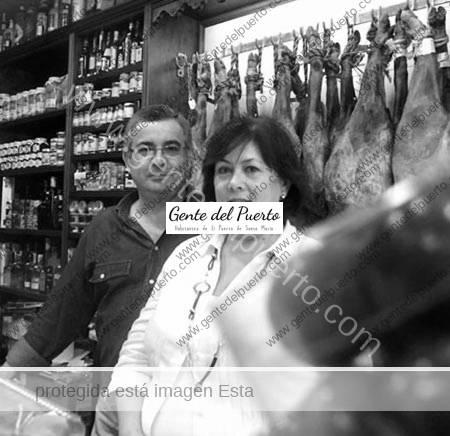 2.672. MANOLO RODRÍGUEZ COBO Y PAQUI RUIZ. Gourmet El Puerto.