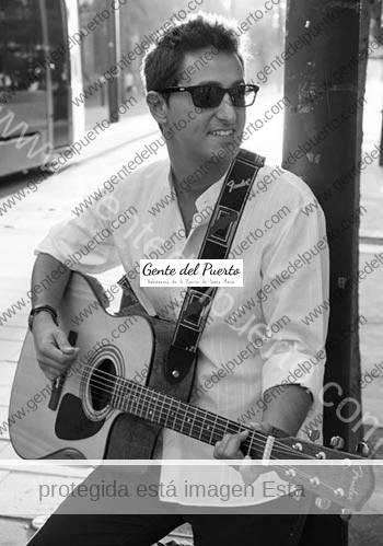 2.706. José Aparicio Pérez, 'Valiant', publica su primer videoclip.