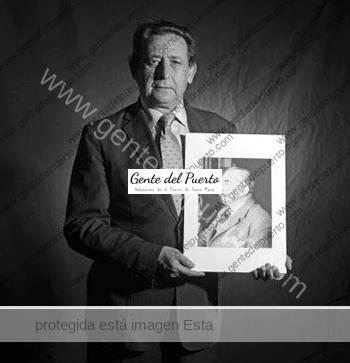 2.744. Alfonso Ussía y su abuelo Muñoz Seca. A quien corresponda.