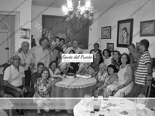 2.897. La familia Viqueira Lamadrid.