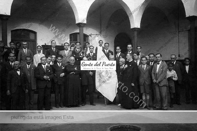 2.919. La Adoración Nocturna en 1933.