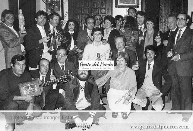 2.943. Galardonados con el Catavino de Plata de la familia Pasage. Año 1982.