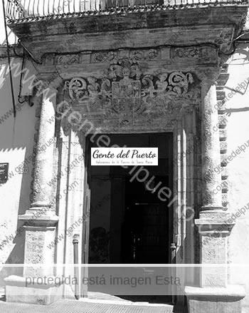 2.948. Casa de las Cadenas.