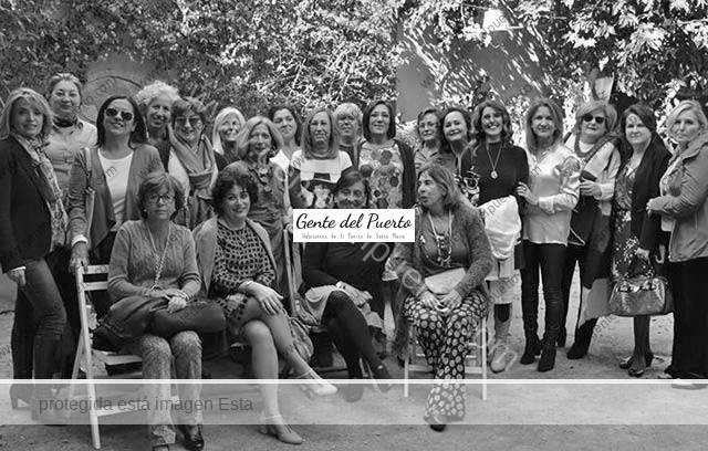 2.989. Cuarenta años de amistad. Reecuentro Curso de 1976 de Las Carmelitas.