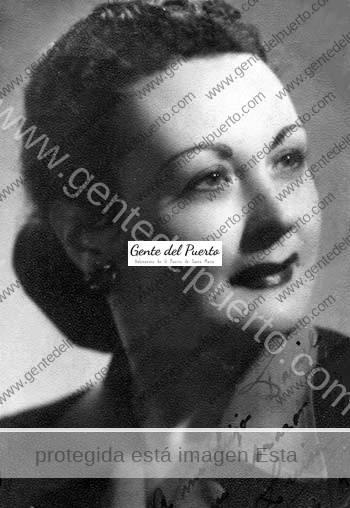 3.072. Luisa Rendón y Antonio Ochoa. La comunista y el cura, en 1936