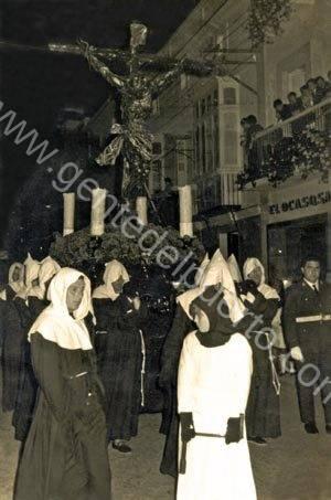 3.126. Último Via Crucis del Cristo del Amor en 1976.