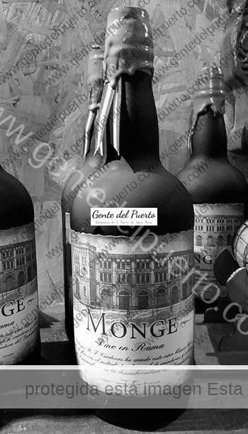 3.137. Monge. El Vino en rama portuense, conquista Madrid.