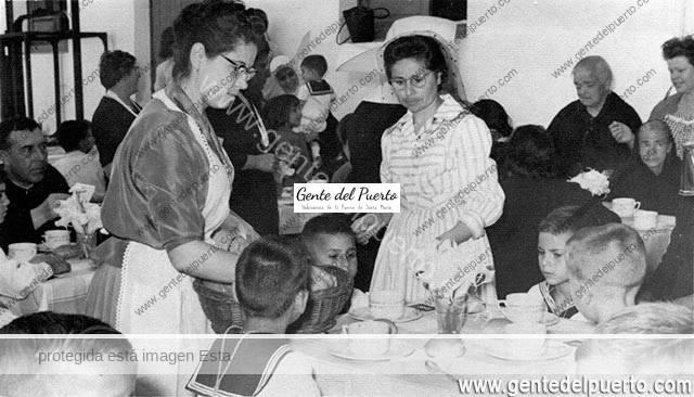 3.160. Carmen y Cari López Ibáñez. Aquellas Primeras Comuniones (I).