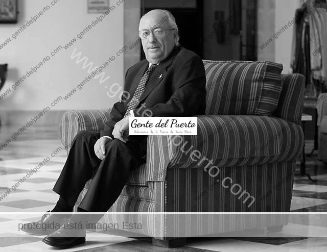 3.203. José Antonio López Esteras. Denuncia ante la Fiscalía a directivos de PwC y del Banco Popular