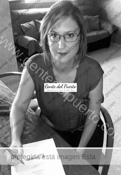 3.293. Ana Fagova. Le editorial Malbec editará su 'ópera prima': Corazones de Roca.