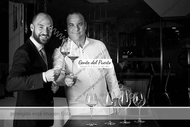 3.503. Juan Ruiz Henestrosa. Jefe de sala de Aponiente, premio Andalucía de Gastronomía
