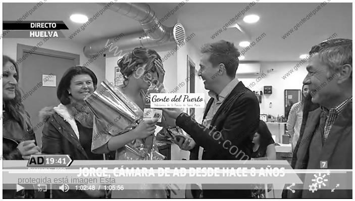 3.519. Lorena Caballero Pérez. Reportera de 'Andalucía Directo', le piden matrimonio en directo, durante el programa