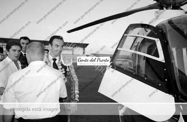 3.618. El Cid llegó en helicóptero a El Puerto, para homenajear a Bohórquez