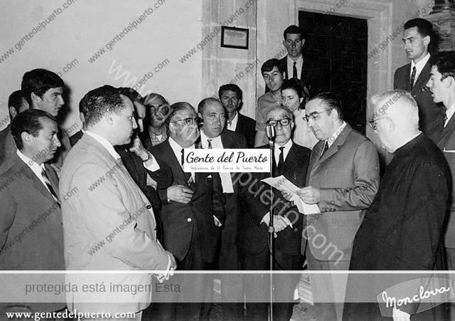 3.631. Homenaje a Manuel Girón Ceballos. Procuró la restauración de la capilla de la Aurora. 1969