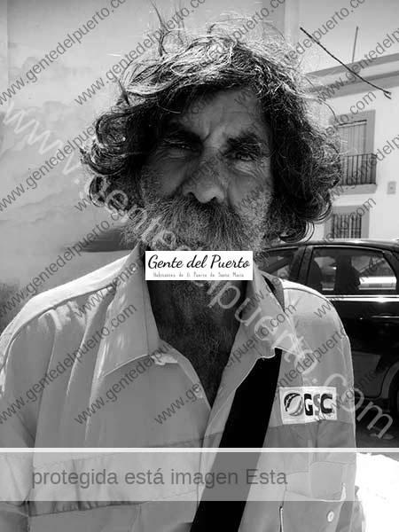 3.692. Jerónimo Rosado Carrasco. De vaquero a aparca coches solidario