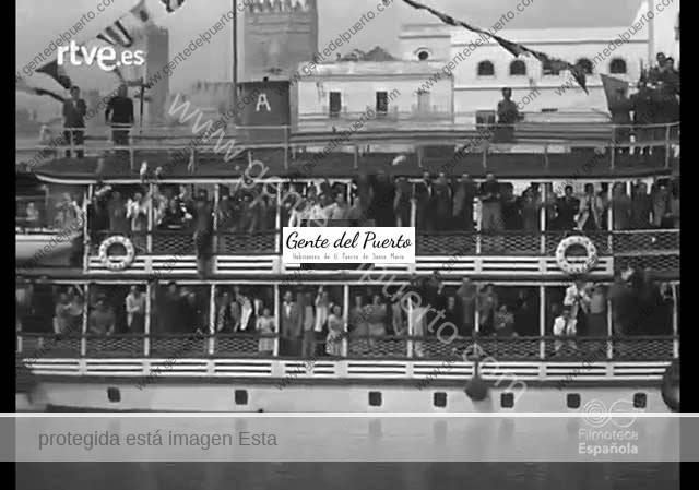 3.722. El dictador Franco en El Puerto. 1948. Imágenes de NODO