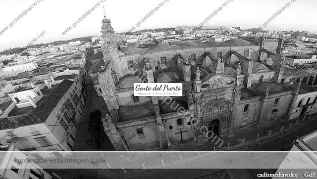 3.731. Ignacio López y la portada de la Prioral