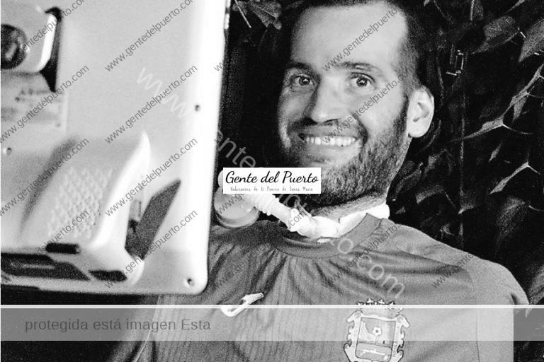 3.769. Carlos Alberto Gómez Matallanas. Ex futbolista del Portuense, periodista y escritor. La superación de un enfermo de ELA