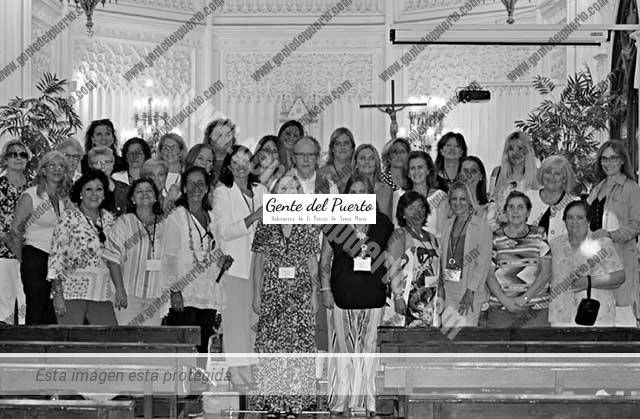 3.779. Encuentro de antiguas alumnas del Colegio de las Carmelitas. Promoción 1971-1979