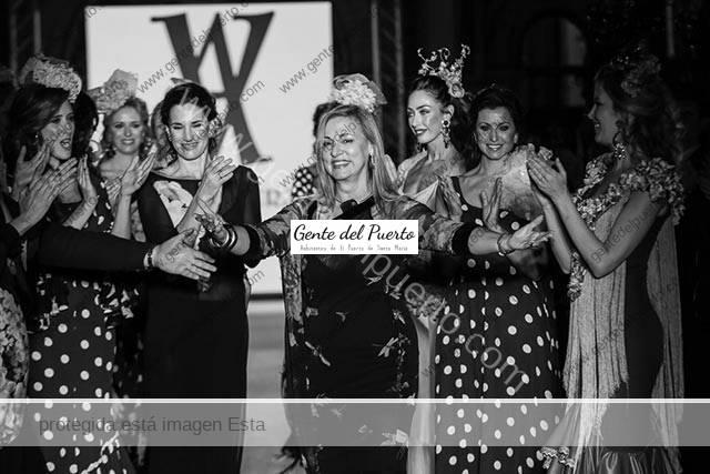 3.885. Ángeles Verano. Colección 25 Primaveras en su aniversario como diseñadora