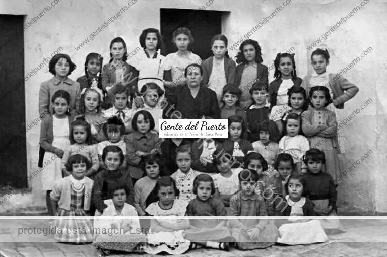 3.893. Colegio de Doña Carmen. Calle San Bartolomé