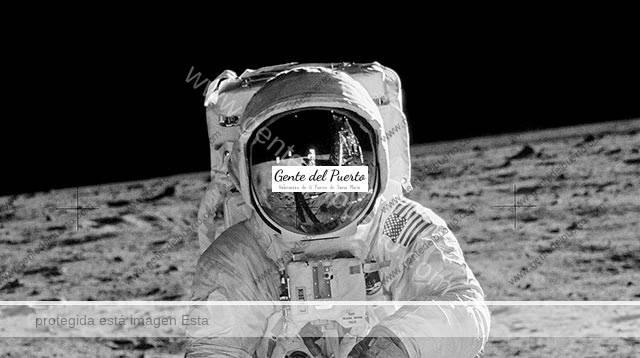 4.042. El Puerto en la Luna. Notas de una investigación