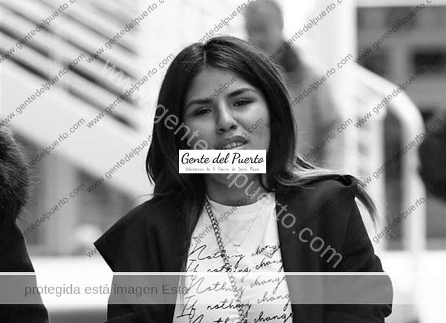 4.100. Isa Pantoja se muda a El Puerto, para estar cerca de su hijo