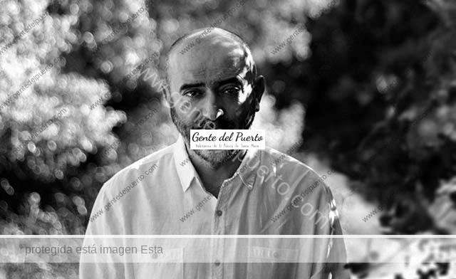 4.160. David Fernández Fernández. Presenta hoy 'Como grano de mostaza', novela histórica