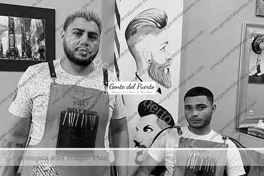 4.396. William Vallejo y Jared Chavarría. 'The Garage Barber Shop'