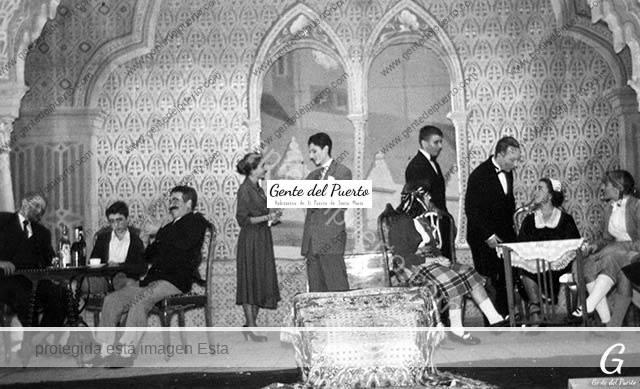 4.437. Representación de 'El Rey Negro' de Muñoz Seca. Teatro Principal