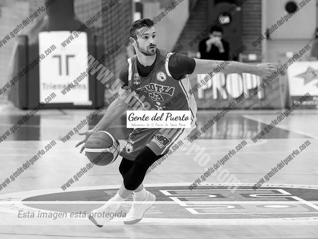 4.514. Berni García. Jugador de baloncesto en Zortnoza (Vizcaya)