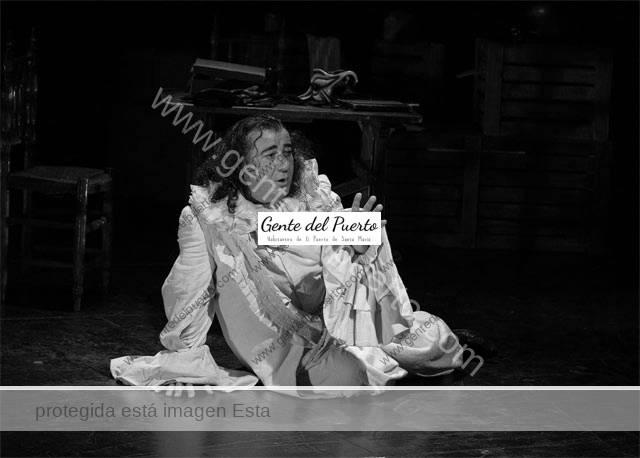 4.856. Juanjo Macías interpreta 'El Caballero Indeterminado', en El Puerto